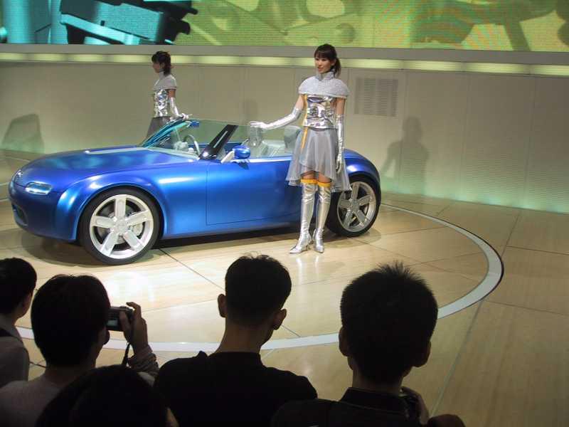 2003 Mazda Ibuki Concept - Auto Blitz Through: 2003 Mazda Ibuki Concept